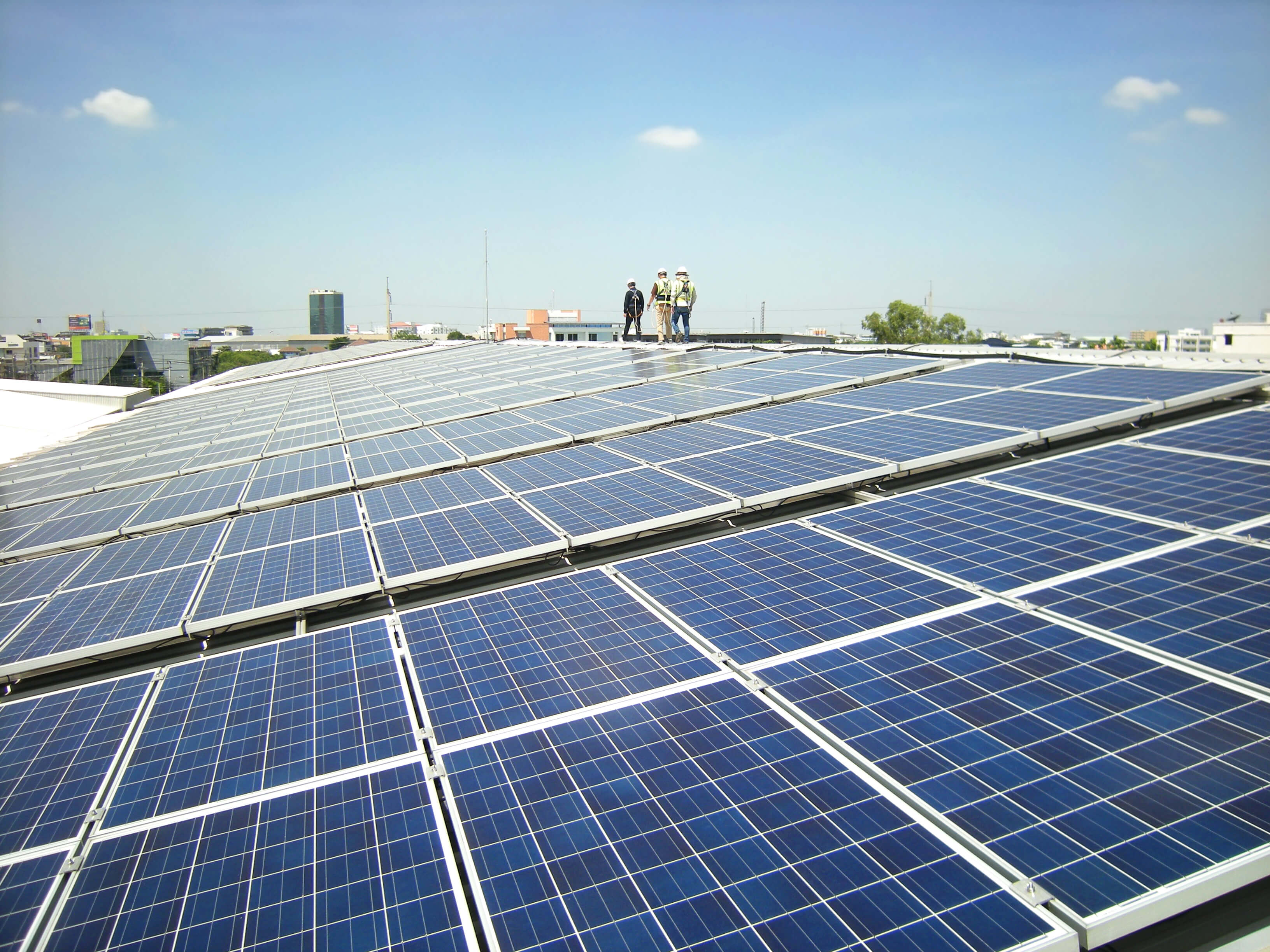 5 reasons solar energy is good for your business