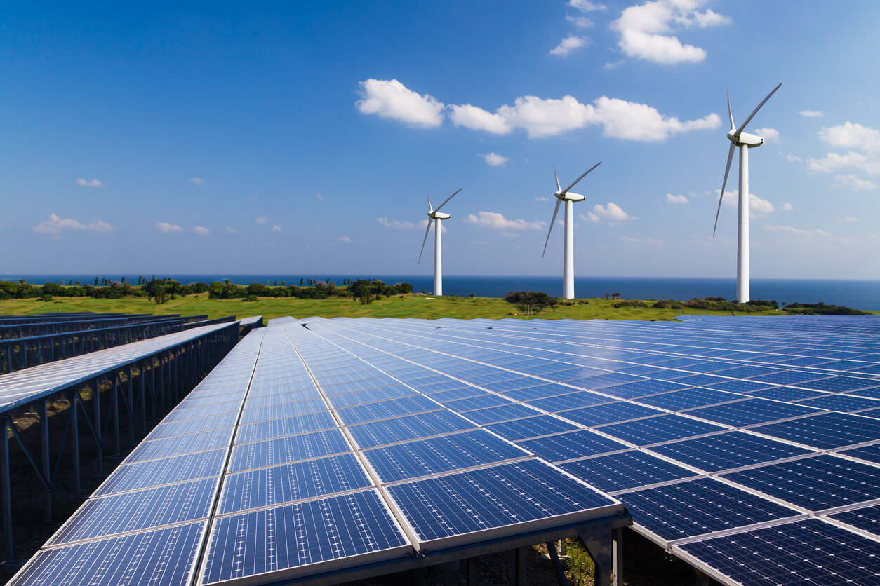 Which is best for NZ homes: Solar power vs. wind energy